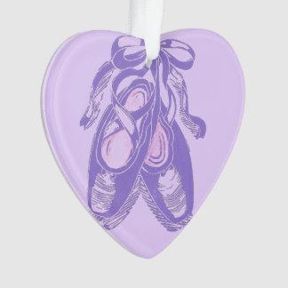 Ornamento del corazón de los zapatos de ballet de