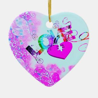 Ornamento del corazón del rompecabezas del amor