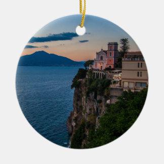 Ornamento del navidad de la costa de Amalfi