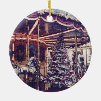 Ornamento del navidad del carrusel del vintage