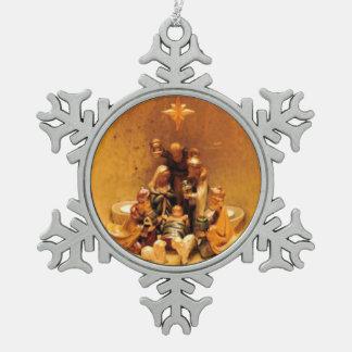 Ornamento del navidad del estaño de la escena de adorno de peltre en forma de copo de nieve