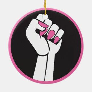 Ornamento del puño del feminismo