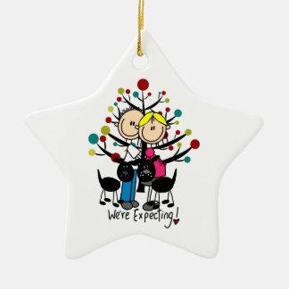 Ornamento expectante del personalizado de los adorno navideño de cerámica en forma de estrella