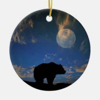 Ornamento hermoso del oso y de la luna buenas adorno navideño redondo de cerámica