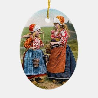 ORNAMENTO holandés del DÍA DE FIESTA de los chicas Adorno Navideño Ovalado De Cerámica