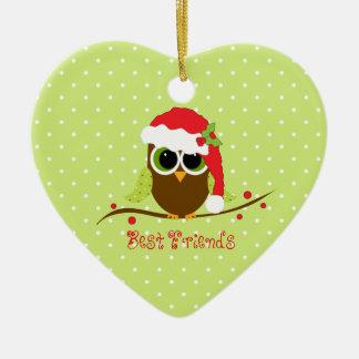 Ornamento lindo del corazón del búho del navidad