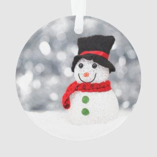 Ornamento lindo del muñeco de nieve para el