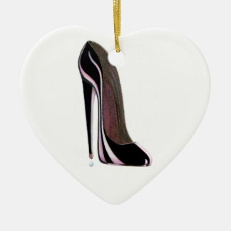 Ornamento negro del corazón del zapato del estilet adorno