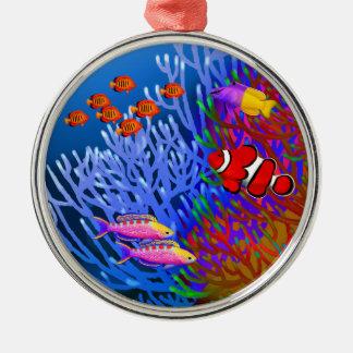 Ornamento pacífico de los pescados del arrecife de adorno navideño redondo de metal