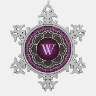 Ornamento púrpura del estaño del monograma de la m
