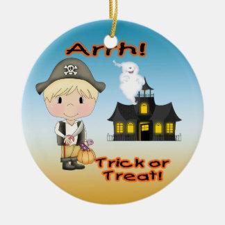 Ornamento redondo del muchacho del pirata de adorno navideño redondo de cerámica