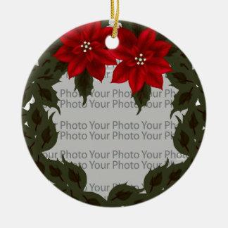 Ornamento rojo del marco de la foto de la adorno redondo de cerámica