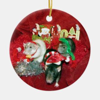 Ornamento sabio de tres de los chicas del mascota adorno navideño redondo de cerámica