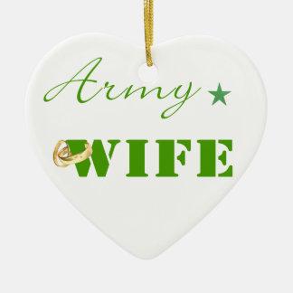 Ornamento (verde) de la esposa del ejército adorno navideño de cerámica en forma de corazón