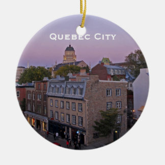 Ornamento viejo del paisaje urbano de Quebec