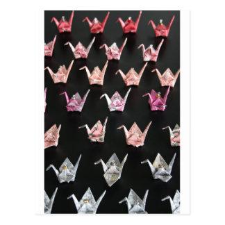 ornamentos de la grúa del origami postal