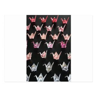 ornamentos de la grúa del origami tarjeta postal