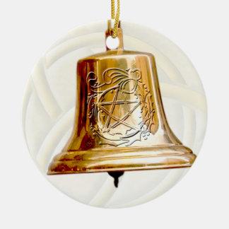 Oro Bell con el pentáculo y la guirnalda Ornamentos De Navidad