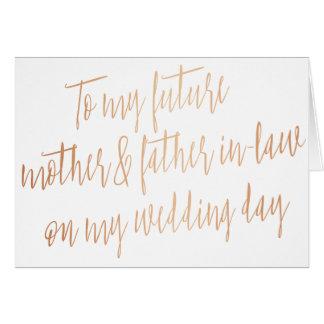 """Oro color de rosa """"a mi madre y suegro futuros """" tarjeta de felicitación"""