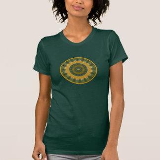 Oro de verdes tropical del Amazonas del círculo de Camisetas