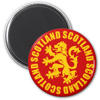 Oro desenfrenado y rojo del león de Escocia Iman Para Frigorífico