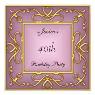Oro en la invitación rosada del fiesta de Birtday