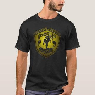 Oro tailandés del combatiente de Muay Camiseta