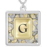 Oro y plata Yin y Yang Collar Personalizado