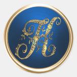 Oro y sello azul del sobre del monograma K Etiqueta Redonda