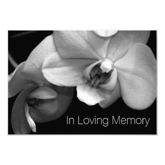 Orquídea en la celebración cariñosa de la memoria invitación 8,9 x 12,7 cm