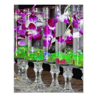 Orquídeas púrpuras y blancas en un vidrio arte fotografico