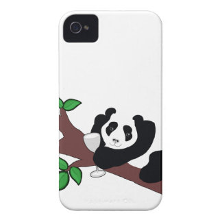 Oso de panda divertido del consumo de vino en Case-Mate iPhone 4 coberturas