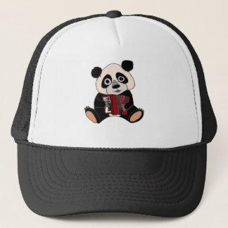 Oso de panda divertido que juega el acordeón gorra de camionero