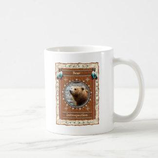 Oso - taza de café clásica de la introspección