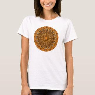 Otoño Brown, naranja, y mandala del oro Camiseta