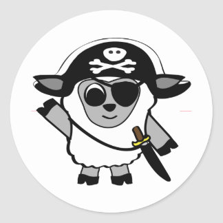 Ovejas del muchacho en traje del pirata etiqueta