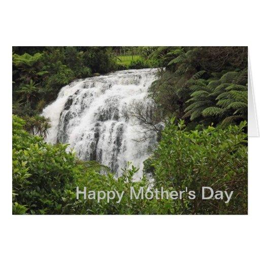 Owharoa baja la tarjeta del día de madre