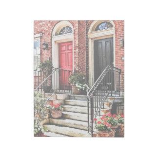 PA de Philadelphia - Casa urbana con los geranios Bloc De Notas