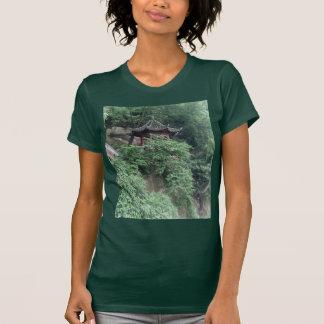 Pabellón del budista de Le Shan Mountainside Camisetas