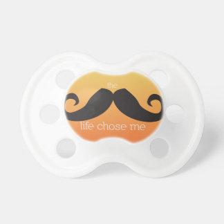 Pacificador del bigote para el bebé (naranja) chupete