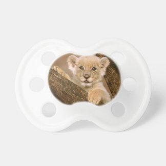 Pacificador lindo de Cub de león Chupete