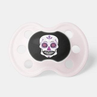 Pacificador púrpura negro del cráneo del caramelo chupete