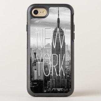 Paisaje blanco negro retro del rascacielos de funda OtterBox symmetry para iPhone 7