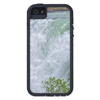 Paisaje de precipitación de las montañas rocosas d iPhone 5 Case-Mate funda