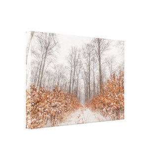 Paisaje del invierno con nieve en las hojas impresión en lienzo