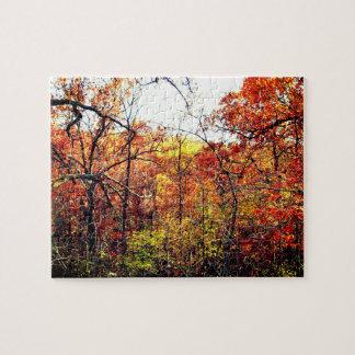 Paisaje del otoño con rompecabezas de la