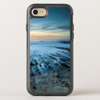 Paisaje marino azul en la puesta del sol, funda OtterBox symmetry para iPhone 8/7