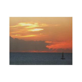 Paisaje marino de las nubes y del velero de la póster de madera