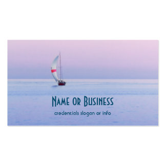 Paisaje marino en colores pastel con un velero tarjetas de visita