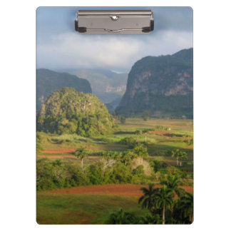 Paisaje panorámico del valle, Cuba